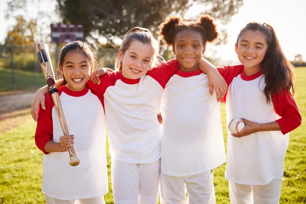 girls in a baseball team