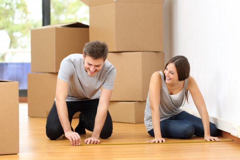 couple moving in to a house