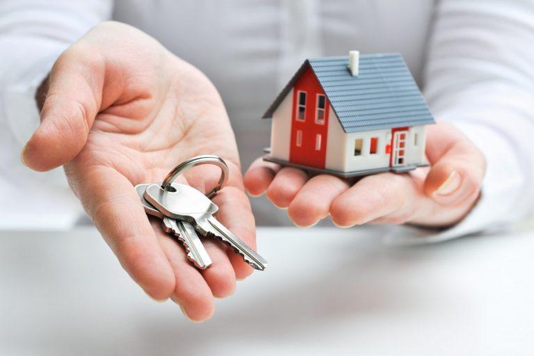 house and house keys
