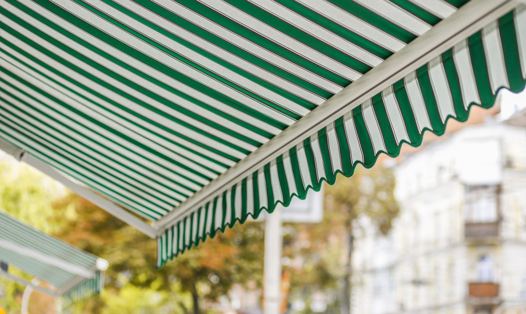 white and green awnings